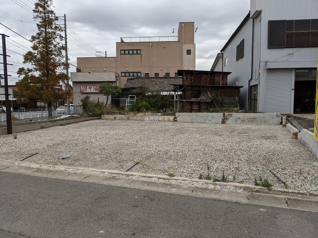 碧南市錦町の月極め駐車場です。